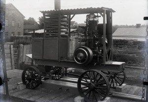 045 Transportabel motor på järnvägsvagn
